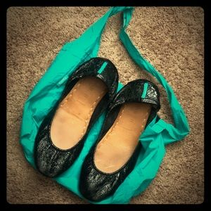 Tieks Size 11 (run small)